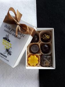 Biškopības produkti tumšajā šokolādē