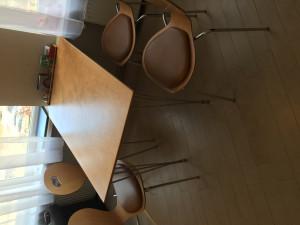 koka galds +4 krēsli